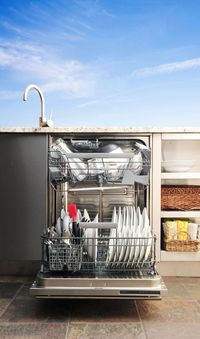 KOG_Dishwasher_Open_Straight_Full-1