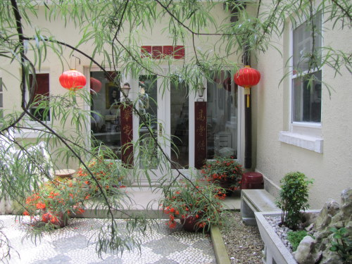 We Saw This Garden Earlier In The Month Part Of A Tour During Apld Annual Conference Cleveland I Loved Bright Chinese Lanterns