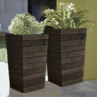 Hayneedle planter 1